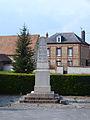 Corneuil-FR-27-monument aux morts-02.jpg