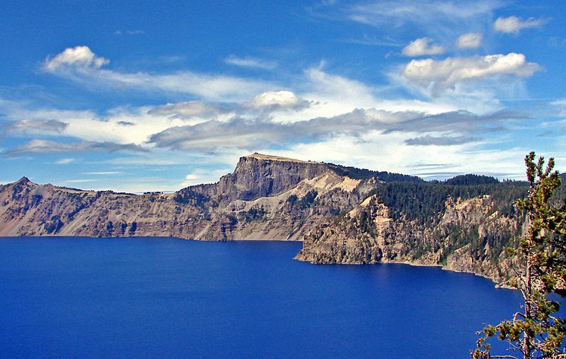 File:Crater Lake NP, OR, North Rim 8-13 (14843359091).jpg