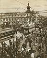 Crowded Tokyo Street 1905.jpg