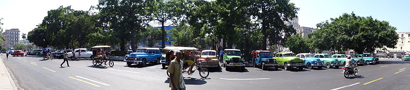 Cuba, Havana, cars in 2014.jpg