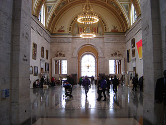 Detroit Institute of Arts - The main hall of the DIA leading to the Rivera Court