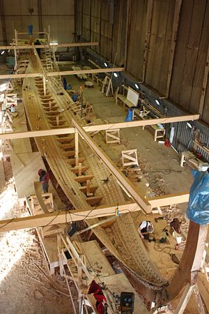 Longship - Construction of the 35 m long Skeid longship Draken Harald Hårfagre