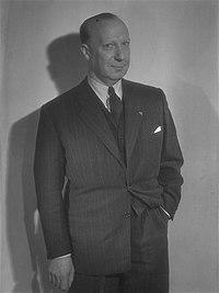 Dac Harcourt 1947.jpg