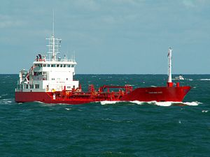 Danchem East IMO 9031624 approaching Port of Rotterdam, Holland 10-Aug-2005.jpg
