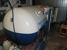 Medium sized two-lock decompression chamber, suitable for on-site recompression and surface decompression procedures