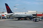 Delta N523US Boeing 757-200 At Gate (35670312973).jpg