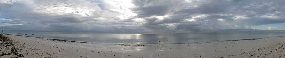 Diani-Beach-Panoramic-27022010.jpg