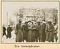 Die Unterhaendler (8611431340).jpg