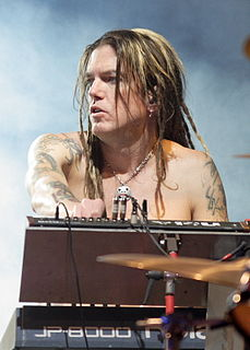 Dizzy Reed American musician