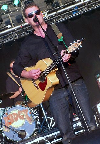 Dodgy - Dodgy playing an acoustic set at Guilfest in 2012.