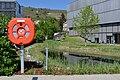 Donau-Universität Krems - Biotop mit Rettungsring.jpg
