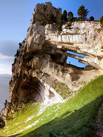 Chartreuse Mountains - Image: Double arch