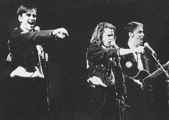 Tim Ferguson - Ferguson (left) performing with the Doug Anthony All Stars (DAAS) in 1994.