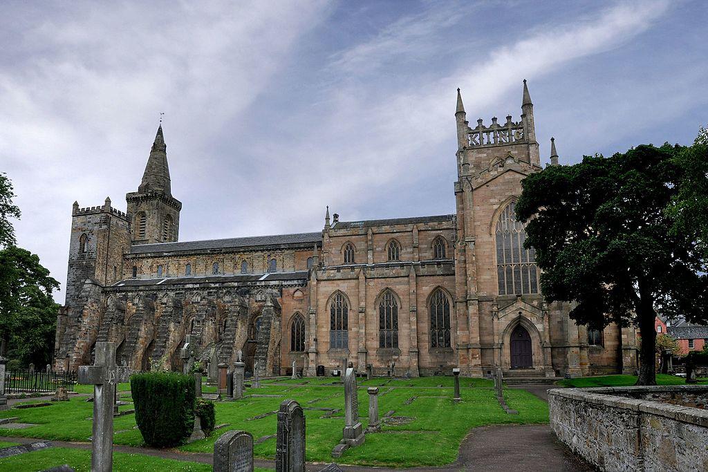 Dunfermline Abbey (28365227370)