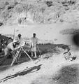 ETH-BIB-Abessinischer Knabe wird fotografiert-Abessinienflug 1934-LBS MH02-22-0308.tif