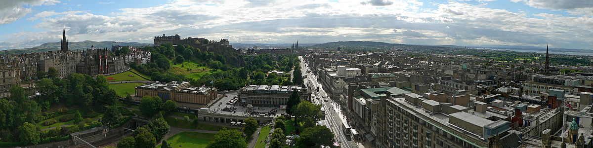 Edinburgh from Scott Monument 2.jpg
