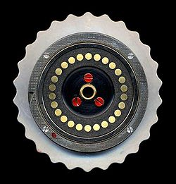 Enigma-rotor-flat-contacts.jpg