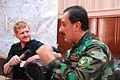 Enno Lenze im Interview mit dem Dolmetscher von General Sheikh Ali (15921955546).jpg