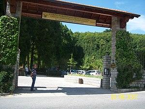 Mongiana - Image: Entrata Parco di Villa Vittoria