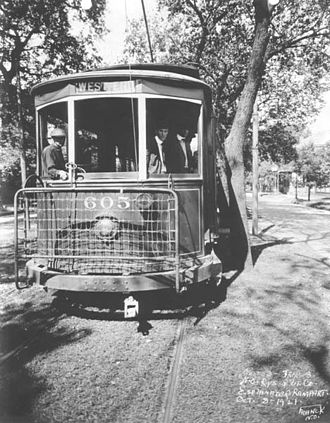 Streetcars in New Orleans - Streetcar on Esplanade Avenue, 1921.