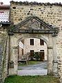 Essertines-en-Châtelneuf, le Chevallard, portail.jpg