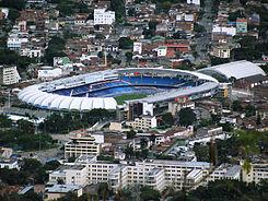 Estadio Pascual Guerrero visto desde Cristo Rey.jpg