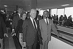 Ex-president Jimmy Carter bij aankomst op Schiphol, Bestanddeelnr 934-3328.jpg