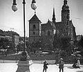 Fő tér (Hlavné namestie), Szent Erzsébet-főszékesegyház (Dóm), előtte az Orbán-torony. Fortepan 17733.jpg