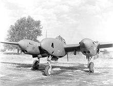 Un F-5 da ricognizione: nel muso sono installate le fotocamere e non le armi