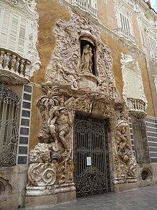 Façana del Palau del Marqués de Dosaigües