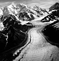 Fairweather Glacier, mountain glacier with lateral moraines, August 15, 1961 (GLACIERS 5427).jpg