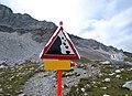 Falling rock warning.jpg