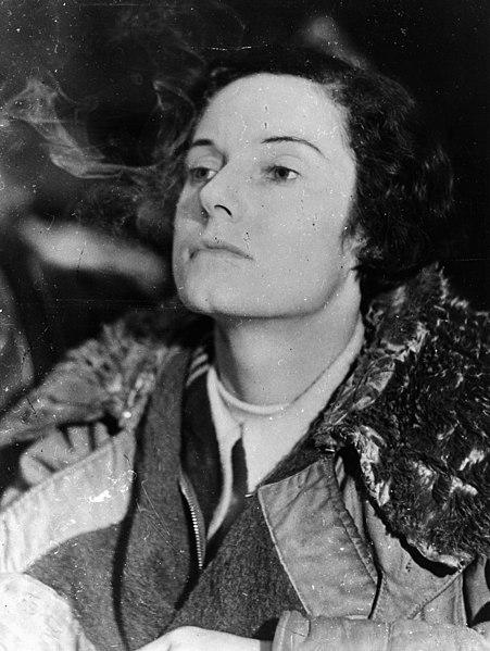 File:Famous aviatrix Jean Batten following her flight from England to Australia, 1934 (26692049102).jpg