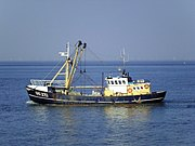 Fishing vessel UK-272.jpg