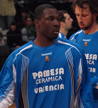 Florent Piétrus - Piétrus with Valencia, in 2009.