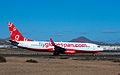 Flyglobespan B737-800 G-DLCH (3228804625).jpg