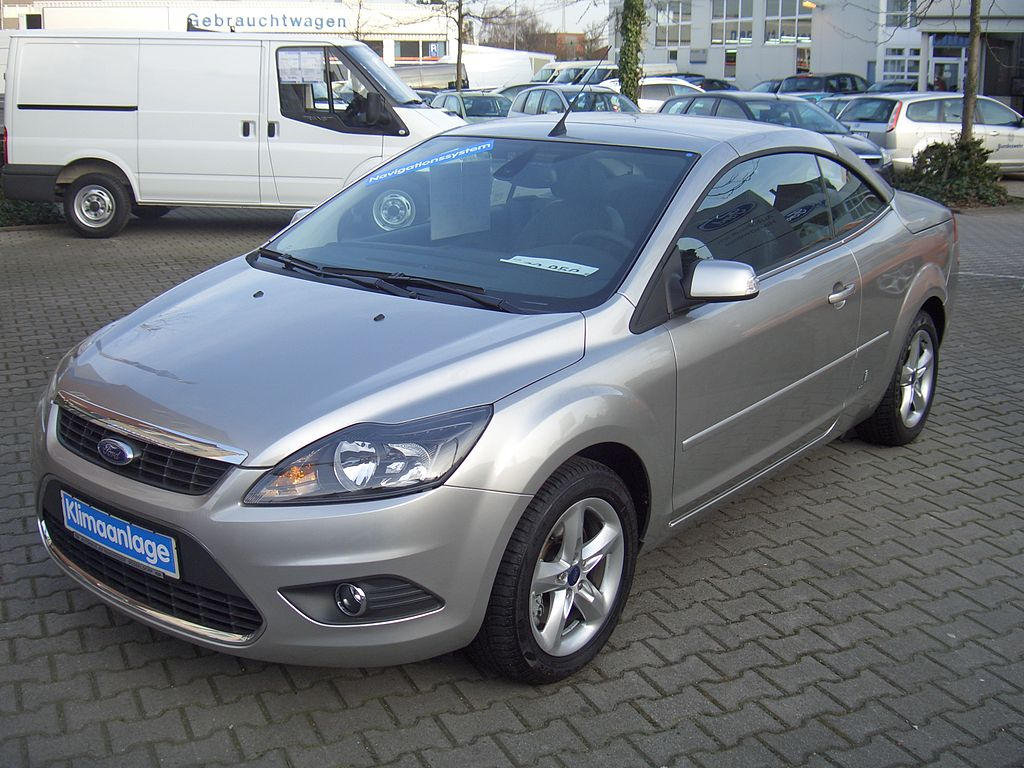 File Ford Focus Coupe Cabriolet 2 0 C307 Mk Ii 2009 Backright 2010 03 24 A Jpg Wikimedia Commons