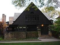 Frank Lloyd Wright Home and Studio (west side zoom).JPG