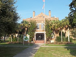 GA Woodbine old Courthouse01.jpg