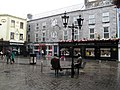 Galway - William Street - Oscar Wilde talking to Eduard Wilde - panoramio.jpg