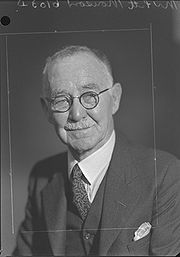 George Pitt Morison in 1942