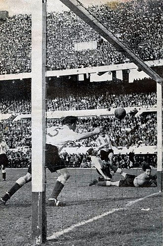 Argentina–England football rivalry - The goal scored by Ernesto Grillo during a 1953 friendly match (played at River Plate stadium) won by Argentina by 3-1.