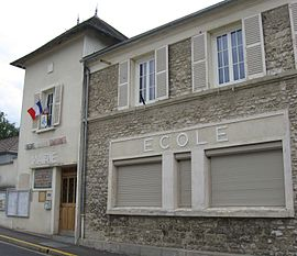 The town hall and school in Gommecourt