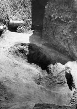 Grop H 14-15 efter utgrävningen. Mersinaki - SMVK - C02784.tif