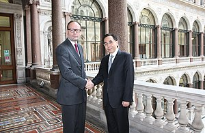 Neil Morisetti - Neil Morisetti meeting Zhu Xiaodan in 2013