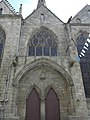 Guingamp (22) Basilique N.D. Façade nord 01.JPG