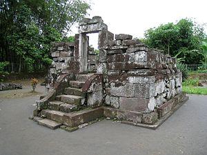 Gunung Wukir - One of the three perwara (complementary) temples in front of main temple of Gunung Wukir
