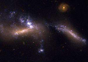 NGC 1741 - Image: HCG 31 HST