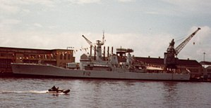 HMS Achilles (F12) at Chatham on 3 May 1981.jpg