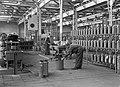 HUA-167431-Interieur van de Centrale Werkplaats van de N.S. te Tilburg- afdeling onderhoud van brandblusapparaten.jpg